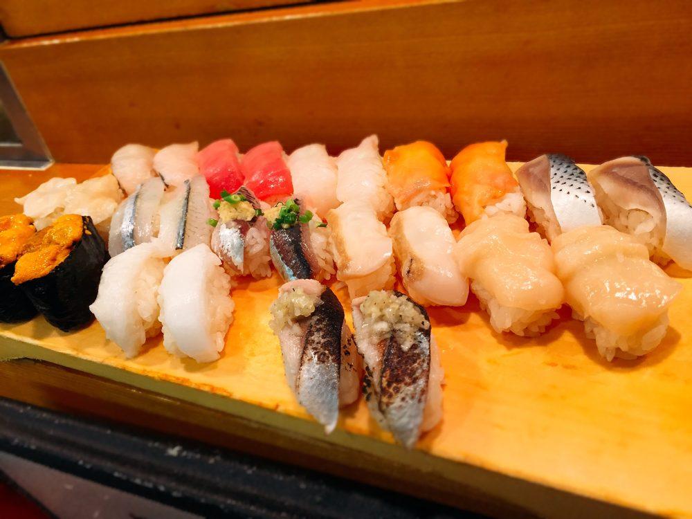 お寿司の食べ放題!!