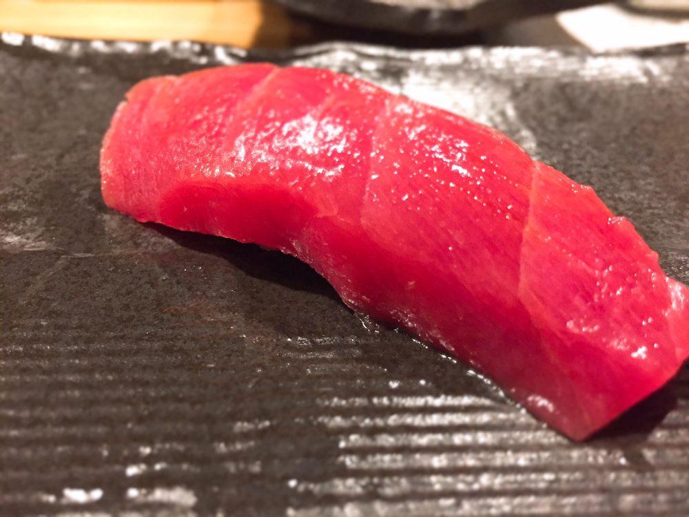 築地のお寿司屋さん「秀徳」